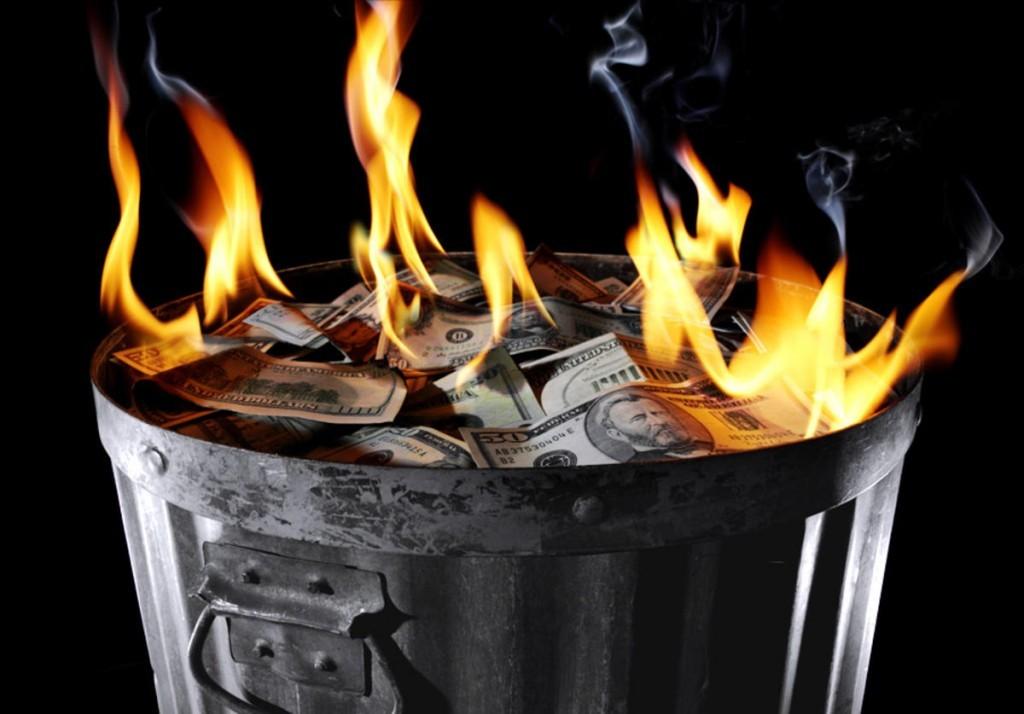 queman dinero